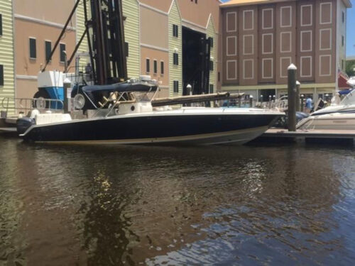 2004 Jefferson Marlago 35 Cuddy Powerboat