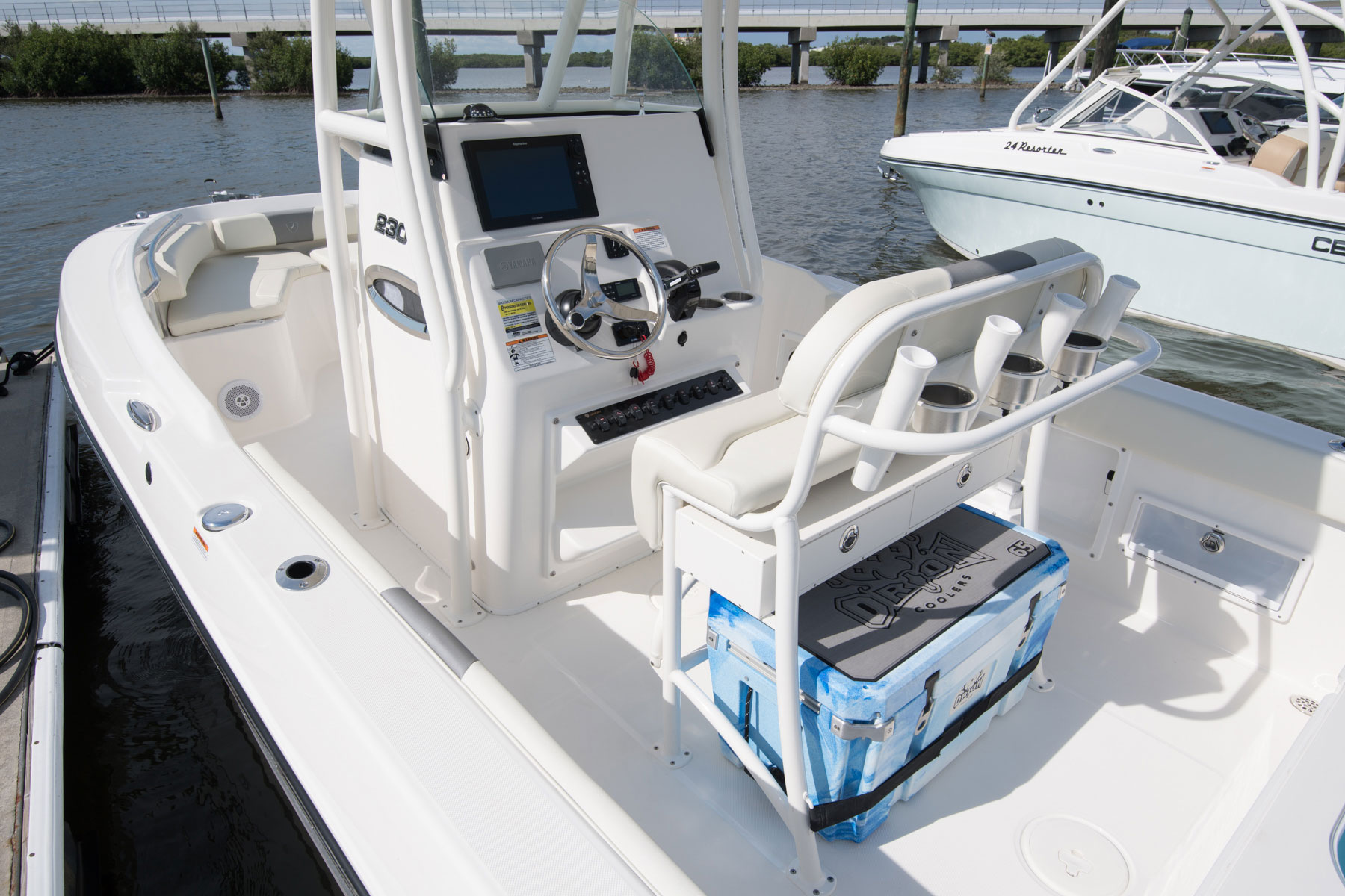 century-boat-fort-myers-2301CC