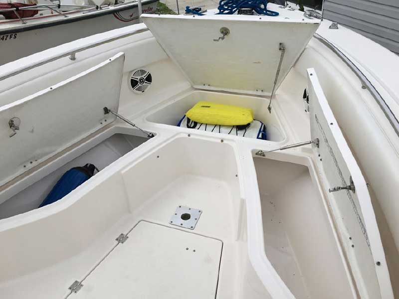 2015 Rabalo R260 Powerboat